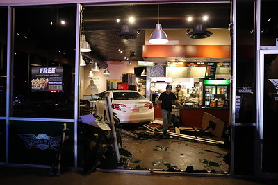 McKinney TX. Auto vs. Structure. (Wing Stop) 11/2/19