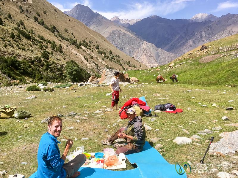 HeightsofAlay_Trek_Kyrgyzstan_Picnic.jpg