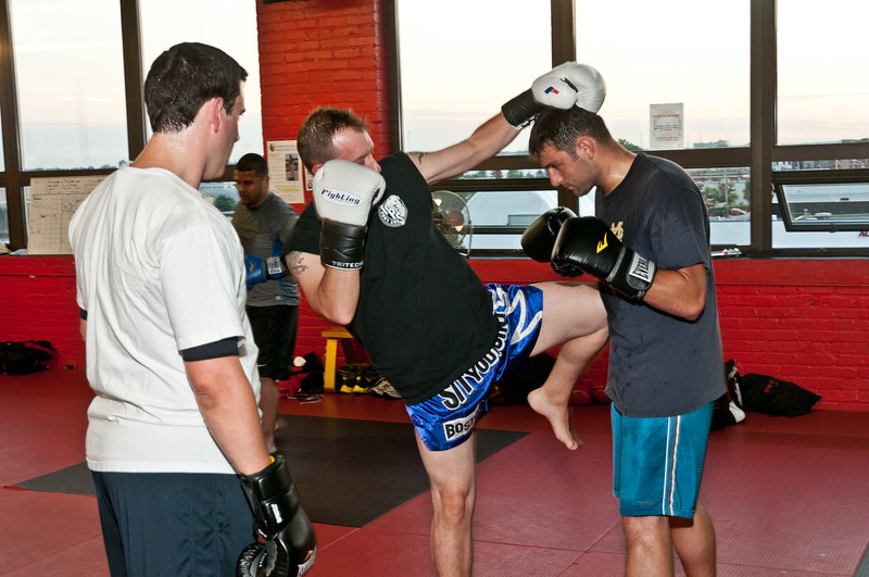 Kickboxing Class 7-28-2011_ERF5307.jpg