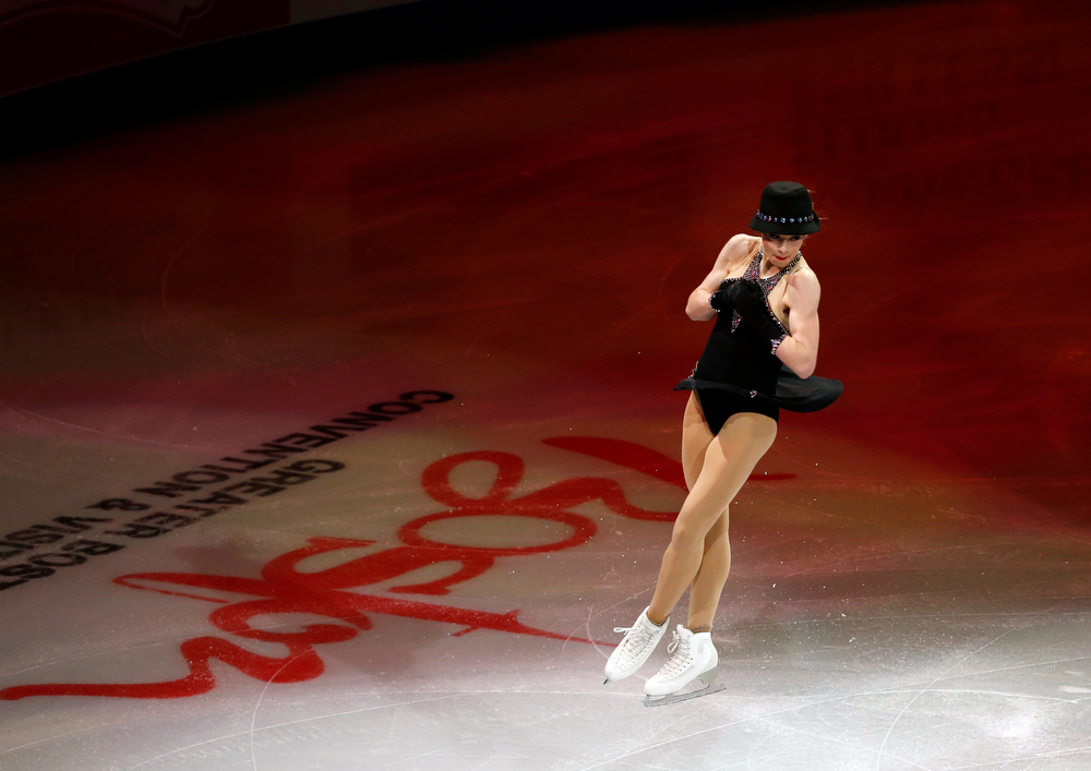 . U.S. top Olympic woman skater Gracie Gold performs during the skating spectacular after the U.S. Figure Skating Championships in Boston, Sunday, Jan. 12, 2014. (AP Photo/Elise Amendola)