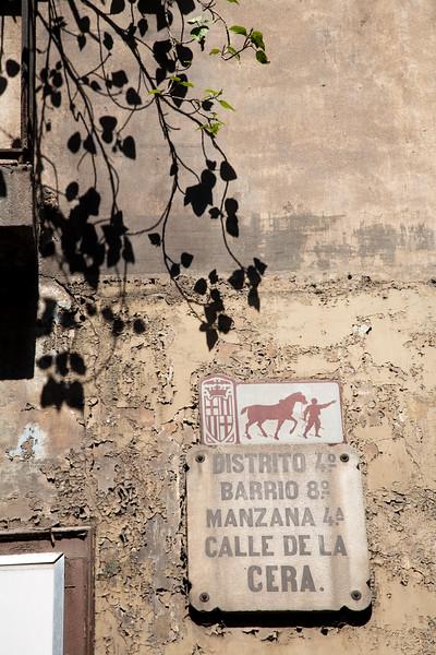 Placa de la calle de la Cera, barrio del Raval, Barcelona