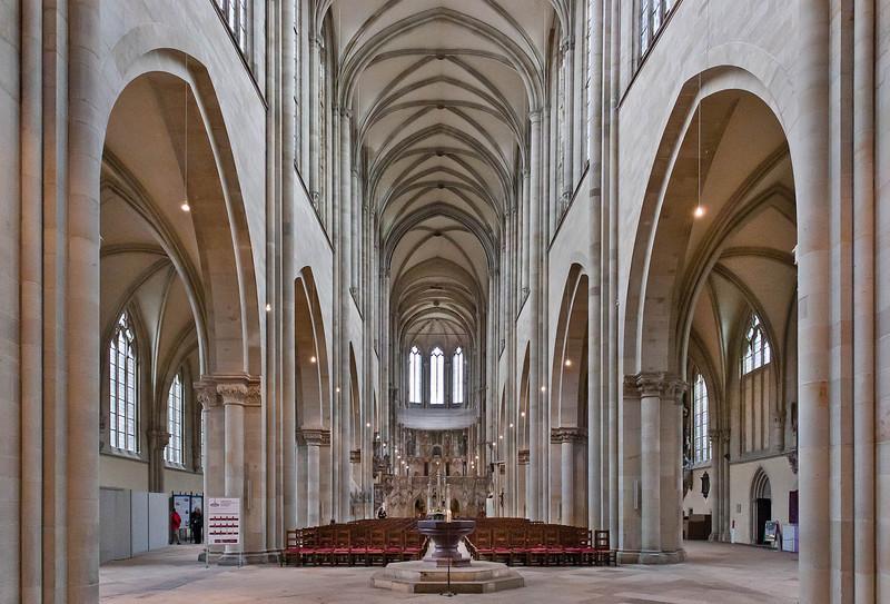 Magdeburg, Dom. Innenansicht nach Osten