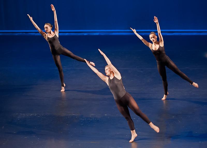 LaGuardia Senior Dance Showcase 2013-1886.jpg