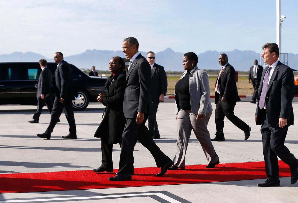 . U.S. President Barack Obama arrives in Cape Town, South Africa on June 30, 2013. REUTERS/Jason Reed