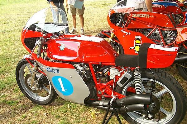MV Agusta 500 Triple GP Bike