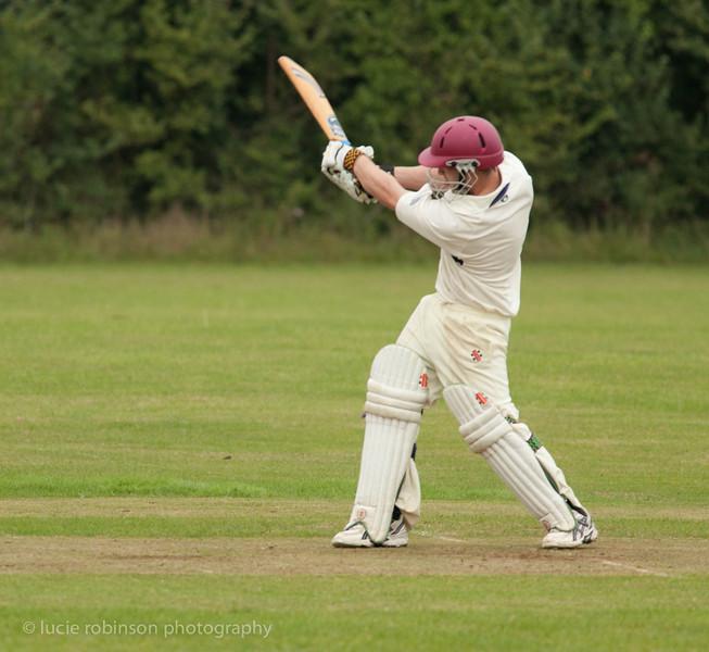 110820 - cricket - 206-2.jpg