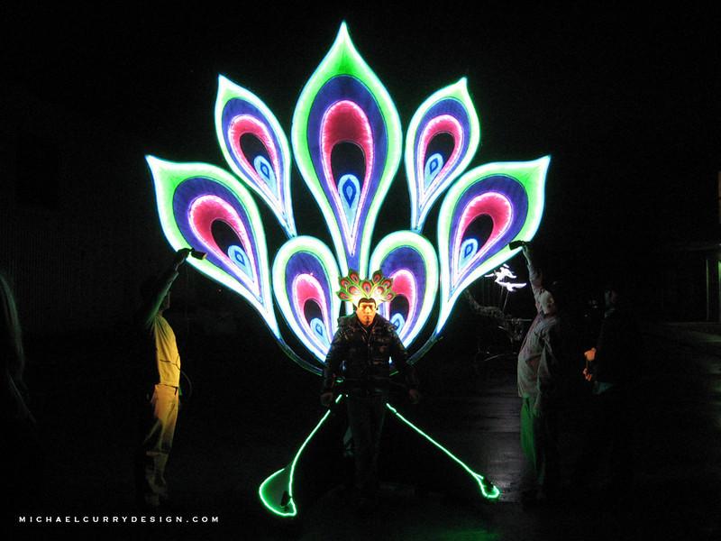 USJ Light Parade Peacock.jpg