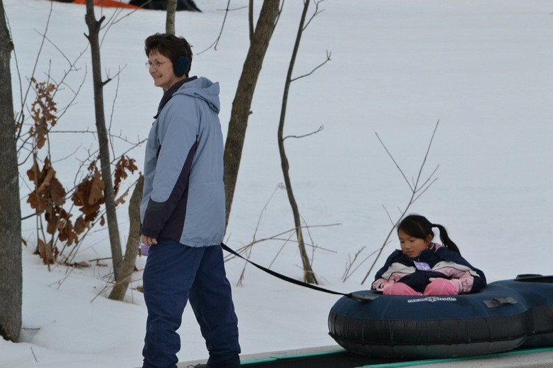 Snow_Tubing_at_Snow_Trails_018.jpg