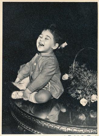 Ioana, Dec 1966