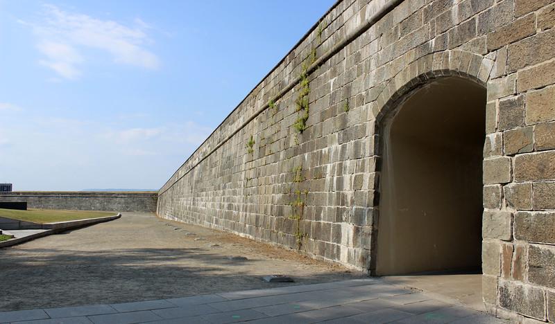 QuebecCity-FortificationWalls22.JPG