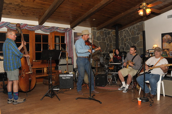 2014-12-23, Jam Session at Gary's Ranch