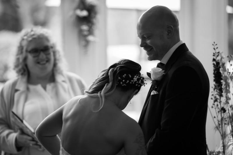 Sam_and_Louisa_wedding_great_hallingbury_manor_hotel_ben_savell_photography-0065.jpg
