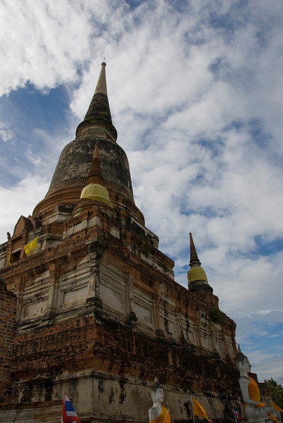 The Great Chedi Chaya Mongkhol 3 - Ayutthaya, Thailand.jpg