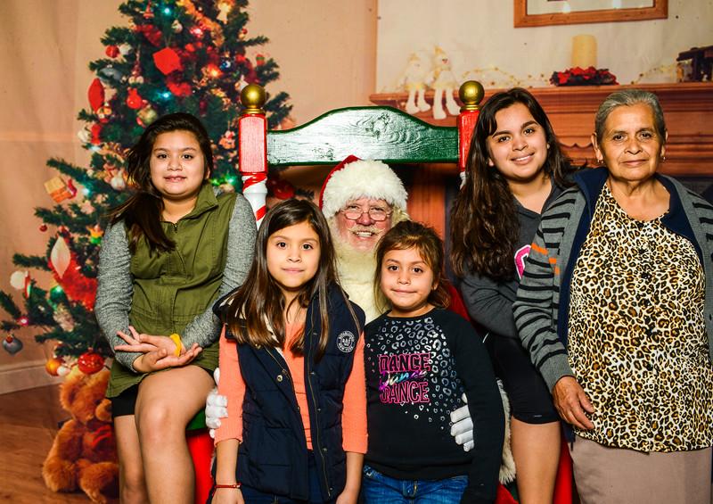 Elmore Santa-7562.jpg