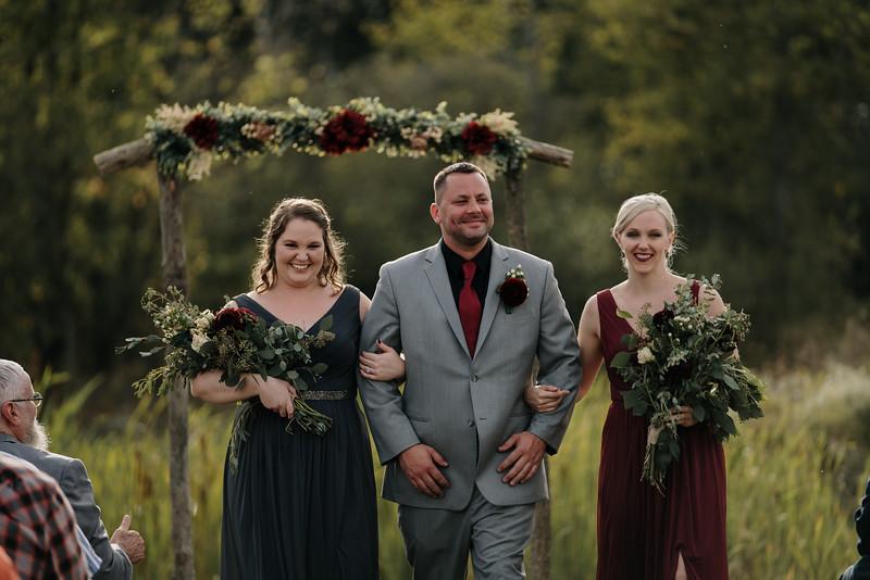 rustic_ohio__fall_barn_wedding-240.jpg