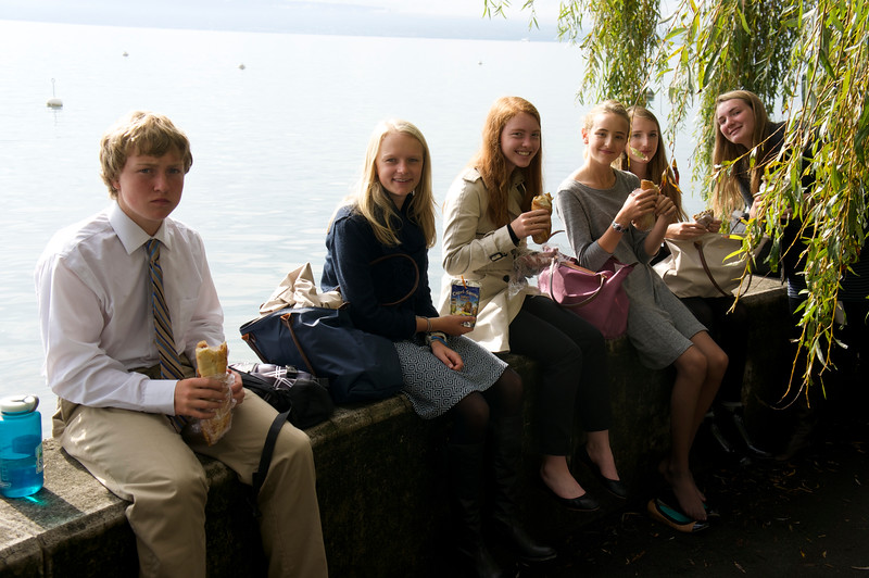 Aidan, Marin, Kiersten, Paige, Hayden, and Ema eating lunch on Lac Leman (Lake Geneva)