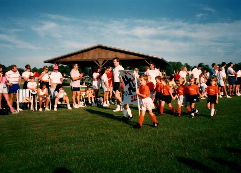 1989_Spring_Orange_Streaks_school_stuff_0003_a.jpg