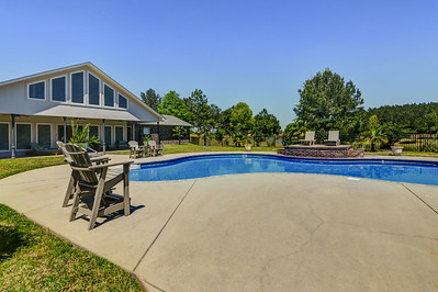 19 West Circle Ellisville, MS- Deborah Byrd