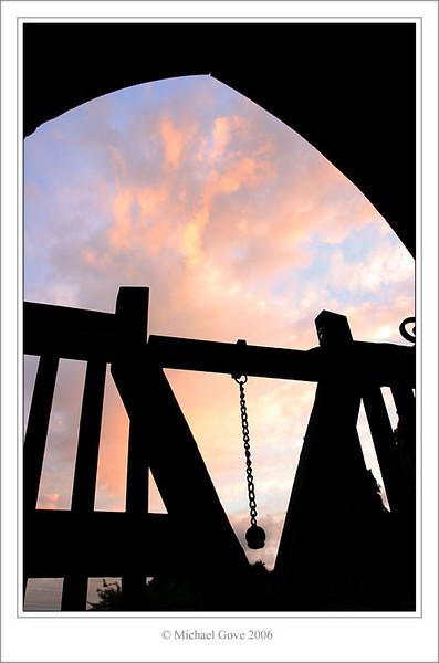 Church gate (61873119).jpg