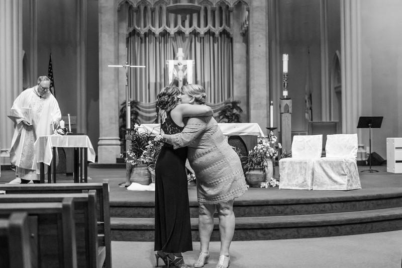 Jennie & EJ Wedding_00212-BW.jpg