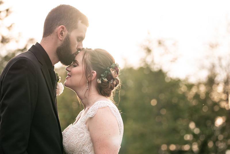 rustic_ohio__fall_barn_wedding-352.jpg