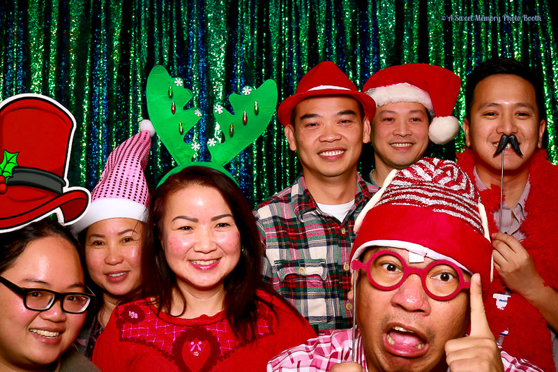 Medtronic Holiday Party -394.jpg