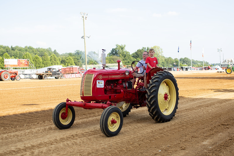 Antique Tractor Parade-43.jpg
