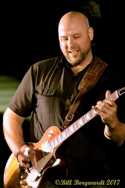 Mike Sands - Rik Reese at Shakers 083.jpg