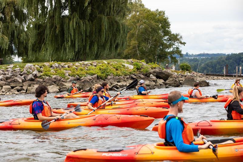 19_Faculty-Orientation-Kayaking-76.jpg
