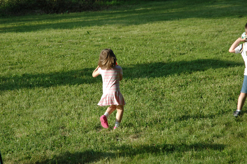 June07_backyardfun029.JPG