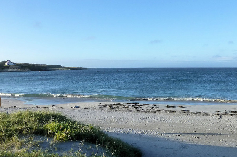 Aran Island_Beach at Port Murvy2.jpg