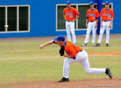 "Photo Gallery: UF Baseball ""Meet the Team,"" 2/14/09"