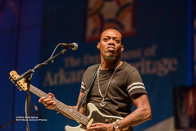 10-06-2016 - Eric Gales - King Biscuit Blues Festival #24