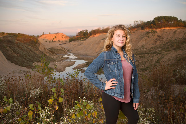 Megan Lotz Senior Pictures