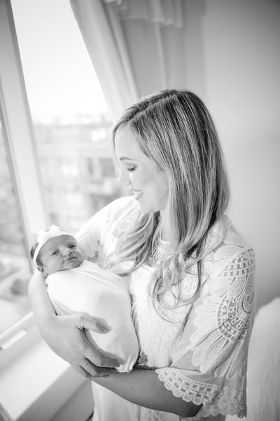 bw_newport_babies_photography_hoboken_at_home_newborn_shoot-4956.jpg