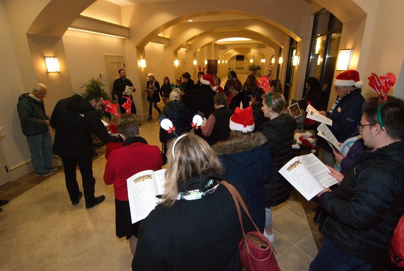 2018-12-19-Christmas-Caroling_004.jpg