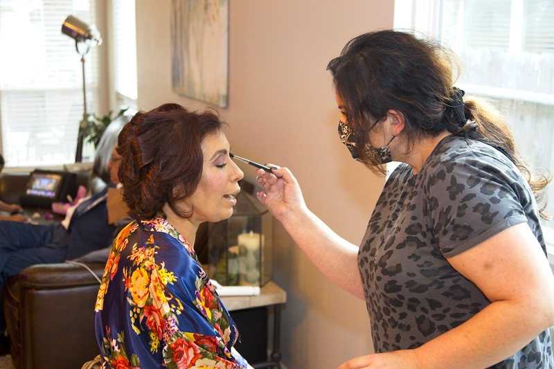 112020_Wedding-174206-GettingReady-0056.jpg