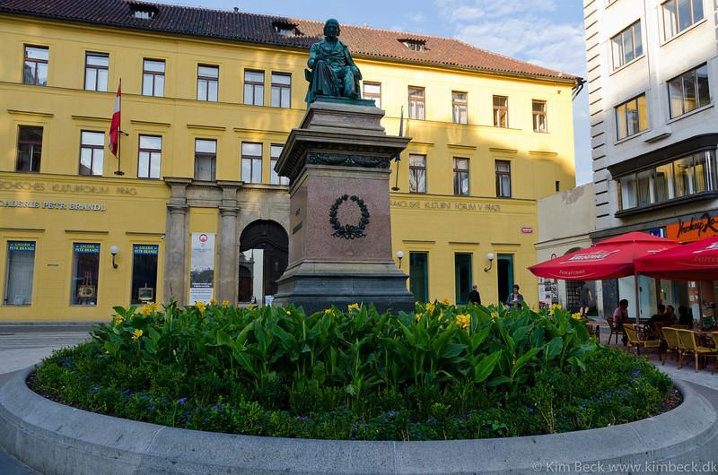 Praha 2011 #-65.jpg
