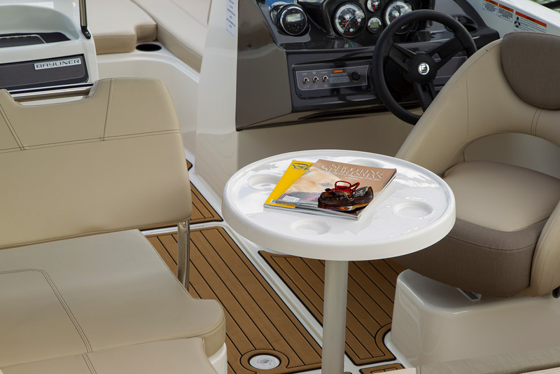 VR6 Bowrider Overview - Bayliner Boats