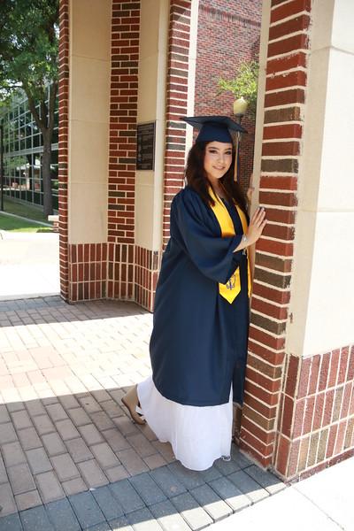Astrid Graduation Shoot
