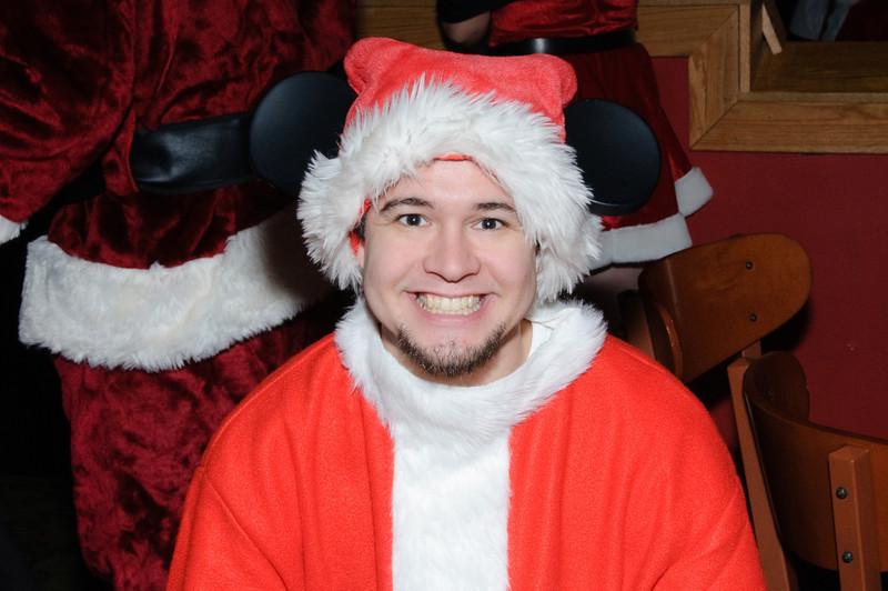 2009 ALS Santa Crawl-189.jpg