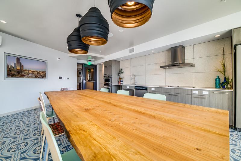 Kitchen_Upper IMG_9372enfB.jpg