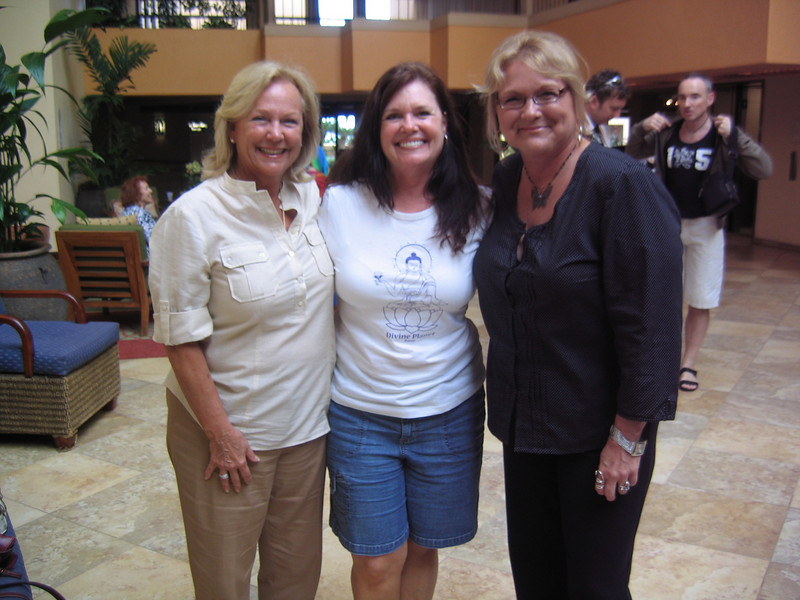 A reunion with Melanie Baird, Karen Pate and Kathleen Haws from our Ascension class together in '09.