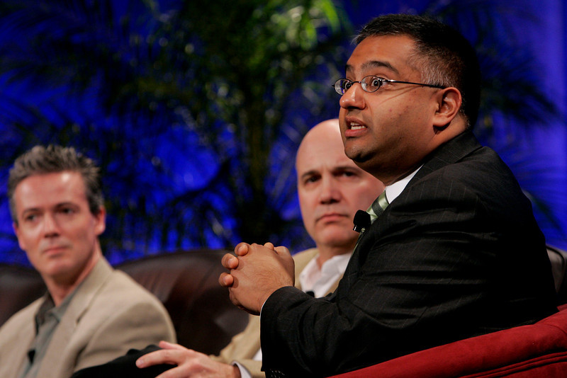 """""""The Future of Wireless: From Mobile Ads to Mobile Purchases"""" [L-R]: Gary Roshak, Yahoo!; Jonathan Bulkeley, Scanbuy; and Rajeev Chand, Rutbert & Co."""