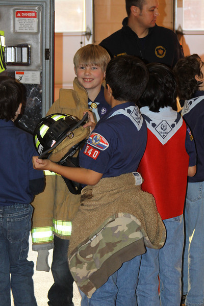 091203_Scouts_FireStation_0050.JPG