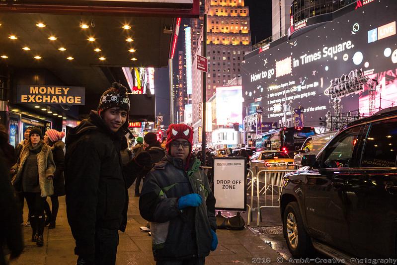 2016-12-29_FunWithFamilyAndFriends@NYC_38.jpg