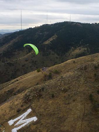 2011-10-Paragliding