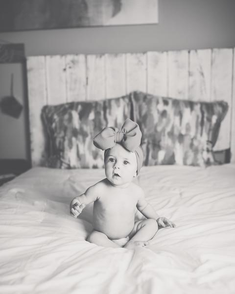 Kinlee 6 month 028.jpg