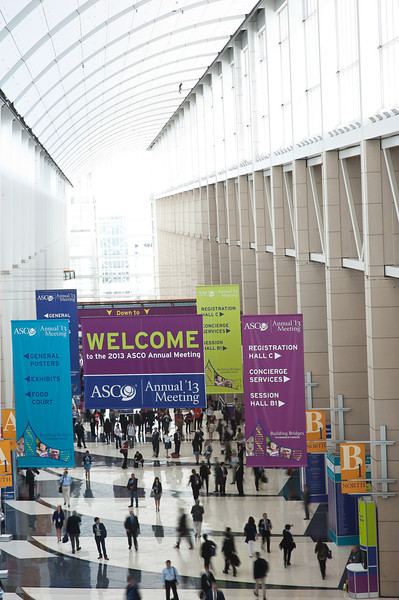 Chicago, IL - ASCO 2013 Annual Meeting: - Attendees in the Exhibit Hall at the American Society for Clinical Oncology (ASCO) Annual Meeting here today, Saturday June 1, 2013.  Over 30,000 physicians, researchers and healthcare professionals from over 100 countries are attending the meeting which is being held at the McCormick Convention center and features the latest cancer research in the areas of basic and clinical science. Photo by © ASCO/Brian Powers 2013 Technical Questions: todd@toddbuchanan.com; ASCO Contact: photos@asco.org