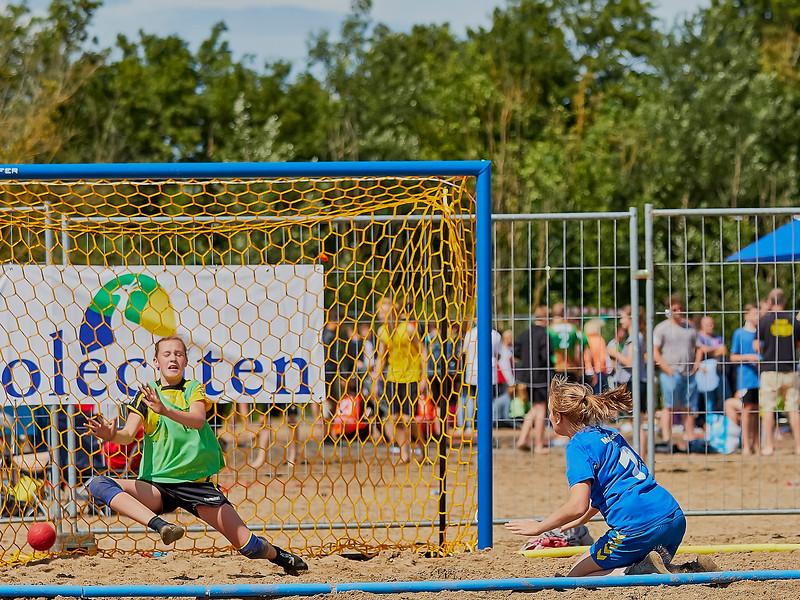 Molecaten NK Beach Handball 2016 dag 1 img 249.jpg